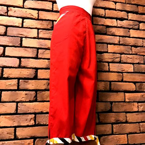 Red x Stripe Capri Pants
