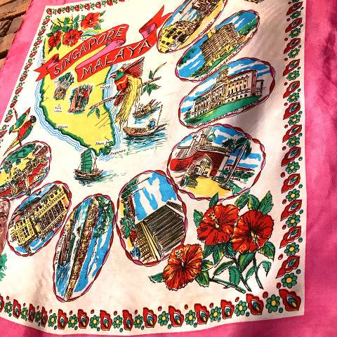 <img class='new_mark_img1' src='//img.shop-pro.jp/img/new/icons13.gif' style='border:none;display:inline;margin:0px;padding:0px;width:auto;' />MALAYA Souvenir Scarf