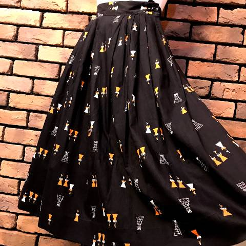 <img class='new_mark_img1' src='//img.shop-pro.jp/img/new/icons13.gif' style='border:none;display:inline;margin:0px;padding:0px;width:auto;' />Novelty Printed Cotton Skirt
