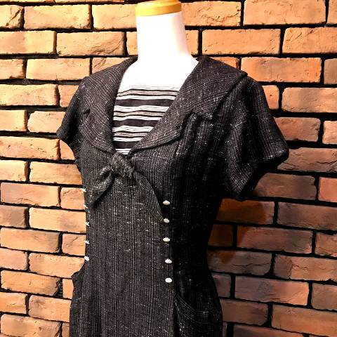 <img class='new_mark_img1' src='//img.shop-pro.jp/img/new/icons13.gif' style='border:none;display:inline;margin:0px;padding:0px;width:auto;' />Wool Sailor Dress