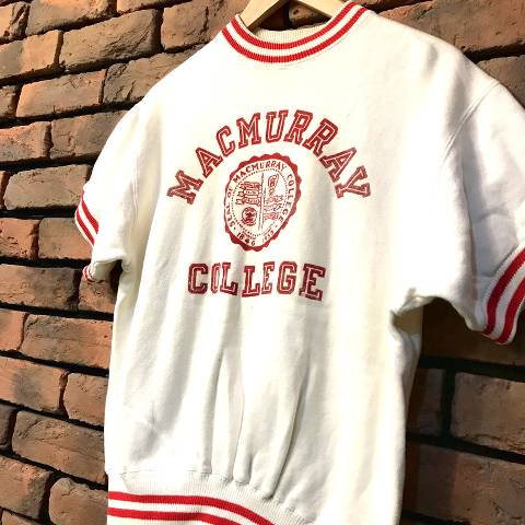 <img class='new_mark_img1' src='//img.shop-pro.jp/img/new/icons13.gif' style='border:none;display:inline;margin:0px;padding:0px;width:auto;' />Champion Flocky Printed College Sweat (Runner Tag)
