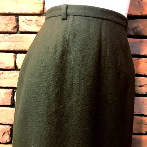 <img class='new_mark_img1' src='//img.shop-pro.jp/img/new/icons13.gif' style='border:none;display:inline;margin:0px;padding:0px;width:auto;' />Khaki Wool Pencil Skirt
