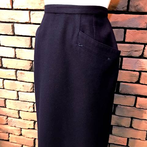 """Sportempos"" Arrowhead Pockets Pencil Skirt"