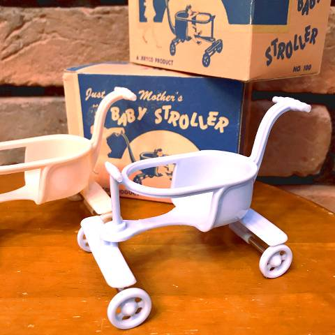 "<img class='new_mark_img1' src='//img.shop-pro.jp/img/new/icons13.gif' style='border:none;display:inline;margin:0px;padding:0px;width:auto;' />""JERYCO"" Blue Baby Stroller"