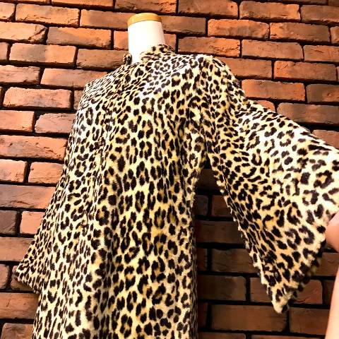 <img class='new_mark_img1' src='https://img.shop-pro.jp/img/new/icons13.gif' style='border:none;display:inline;margin:0px;padding:0px;width:auto;' />Leopard Fur Dress