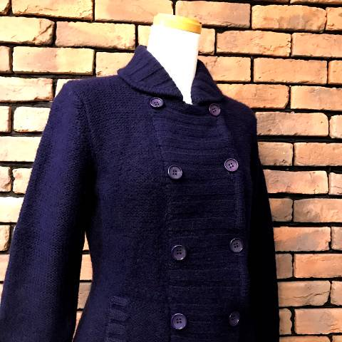 <img class='new_mark_img1' src='https://img.shop-pro.jp/img/new/icons13.gif' style='border:none;display:inline;margin:0px;padding:0px;width:auto;' />Navy Peacoat Style Knit Jacket