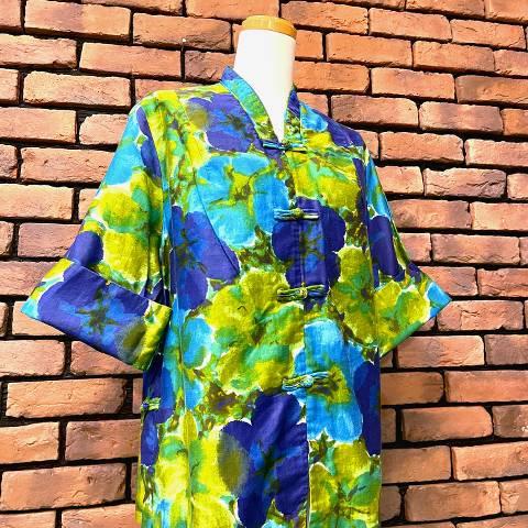 <img class='new_mark_img1' src='https://img.shop-pro.jp/img/new/icons13.gif' style='border:none;display:inline;margin:0px;padding:0px;width:auto;' />Oriental Style Hawaiian Shirt