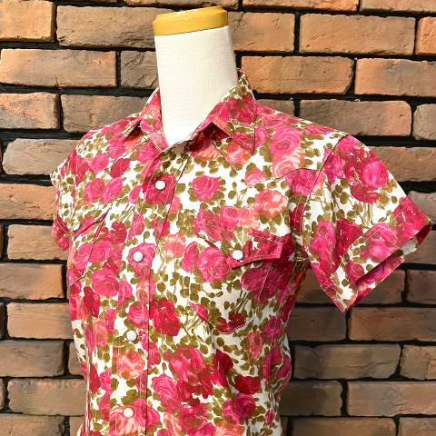 """<img class='new_mark_img1' src='https://img.shop-pro.jp/img/new/icons13.gif' style='border:none;display:inline;margin:0px;padding:0px;width:auto;' />""""H BAR C"""" Pink Roses Western Shirt"""