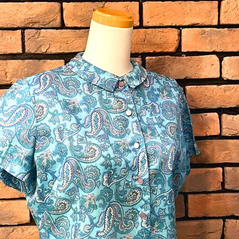 """<img class='new_mark_img1' src='https://img.shop-pro.jp/img/new/icons13.gif' style='border:none;display:inline;margin:0px;padding:0px;width:auto;' />""""Judy Bond"""" Paisley Blouse"""