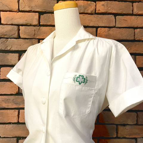 <img class='new_mark_img1' src='https://img.shop-pro.jp/img/new/icons13.gif' style='border:none;display:inline;margin:0px;padding:0px;width:auto;' />Girl Scout Uniform Blouse
