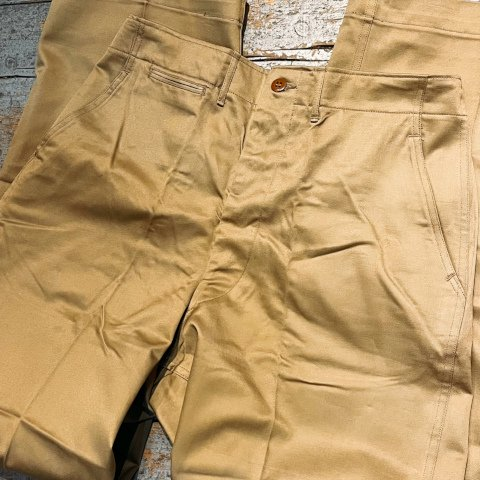 <img class='new_mark_img1' src='https://img.shop-pro.jp/img/new/icons13.gif' style='border:none;display:inline;margin:0px;padding:0px;width:auto;' />1950's U.S.ARMY Chino Trousers