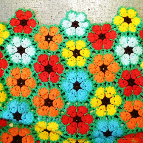 Knit Rug (Flower)
