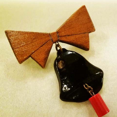 Bell Brooch (Wood Bow Art deco)