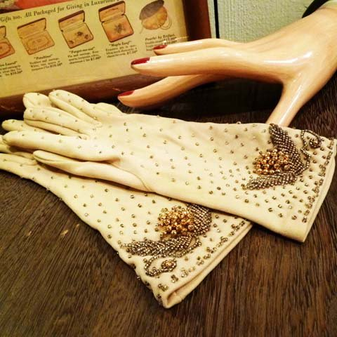 Ivory Beaded Gloves