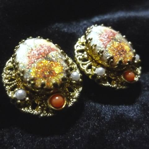 """W.Germany"" Flower Earrings"
