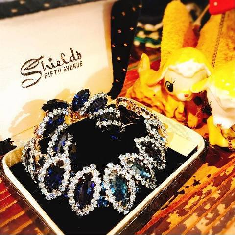 """<img class='new_mark_img1' src='https://img.shop-pro.jp/img/new/icons26.gif' style='border:none;display:inline;margin:0px;padding:0px;width:auto;' />""""WEISS"""" Blue Rhinestone Set"""