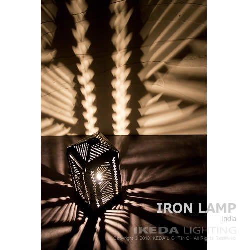 アイアン ランプ 646 | インド | 新洋電気