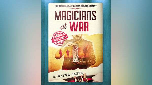 <img class='new_mark_img1' src='https://img.shop-pro.jp/img/new/icons13.gif' style='border:none;display:inline;margin:0px;padding:0px;width:auto;' />Magicians at War by H. Wayne Capps - Book