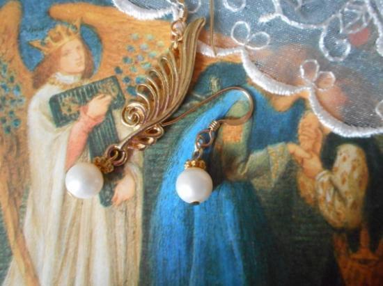 Angel's Wings of Light  光の天使 羽のピアス