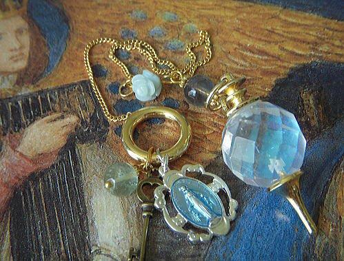 Angel Aura 青い不思議のメダイのオパールオーラ クリスタル  ペンデュラム(ペンダントトップ)