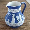 Wedgwood /ウェジウッドジャスパー コバルトブルージャグ              <img class='new_mark_img2' src='https://img.shop-pro.jp/img/new/icons48.gif' style='border:none;display:inline;margin:0px;padding:0px;width:auto;' />