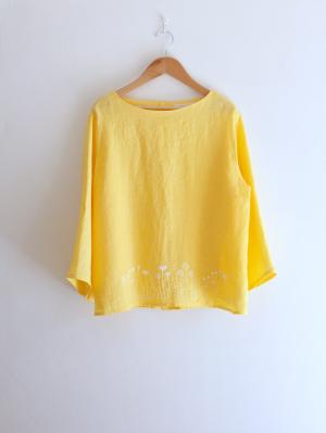 刺繍ブラウス「たんぽぽとキンポウゲ」・黄色