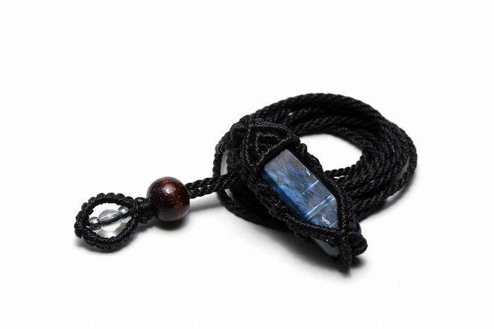 カイヤナイトマクラメ編みネックレス MACNE-060