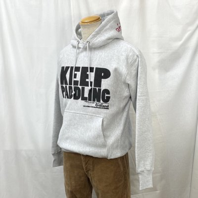 <img class='new_mark_img1' src='https://img.shop-pro.jp/img/new/icons15.gif' style='border:none;display:inline;margin:0px;padding:0px;width:auto;' />KEEP PADDLING P/O HOOD SW カラー:ASH GRY