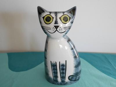 Cat Money Box by Hunnah Turner / Hunn...