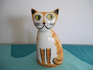<img class='new_mark_img1' src='https://img.shop-pro.jp/img/new/icons48.gif' style='border:none;display:inline;margin:0px;padding:0px;width:auto;' />Cat Money Box by Hannah Turner / Hannah Turner さんデザイン ねこの陶器製 貯金箱(茶トラ)