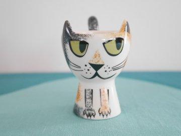 <img class='new_mark_img1' src='https://img.shop-pro.jp/img/new/icons48.gif' style='border:none;display:inline;margin:0px;padding:0px;width:auto;' />Tortoiseshell Cat Egg Cup by Hannah Turner / Hannah Turner さんデザイン サビねこのエッグカップ