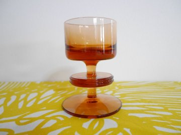 <img class='new_mark_img1' src='//img.shop-pro.jp/img/new/icons6.gif' style='border:none;display:inline;margin:0px;padding:0px;width:auto;' />Vintage Wedgwood Glass  Sheringham Candle Holder / ビンテージ ウェッジウッド ガラスのキャンドルホルダー