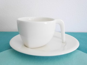 <img class='new_mark_img1' src='//img.shop-pro.jp/img/new/icons6.gif' style='border:none;display:inline;margin:0px;padding:0px;width:auto;' />Ego Espresso Cup & Saucer by ARABIA /アラビア エゴ エスプレッソ カップ&ソーサー