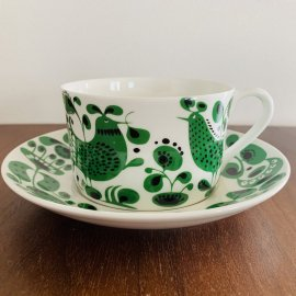 <img class='new_mark_img1' src='https://img.shop-pro.jp/img/new/icons58.gif' style='border:none;display:inline;margin:0px;padding:0px;width:auto;' />Gustavsberg Turtur Tea Cup & Saucer by Stig Lindberg / グスタフスベリ チュールチュール ティーカップ&ソーサー by スティグ・リンドベリ