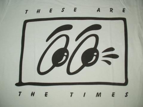 on the moon のオンラインショップ アメリカで買い付けたアートなtシャツ