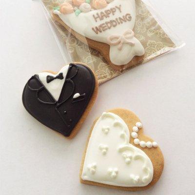 タキシード&ウェディングドレスのハートクッキー