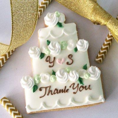 Shades of Greenイニシャル入Decoration Cake