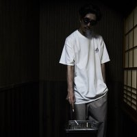 FORGET NEVER KATAKANA LOGO S/S T-SHIRT[WHITE]