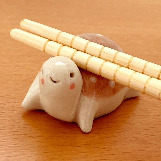 手造り 水玉カメの箸置き ローズ
