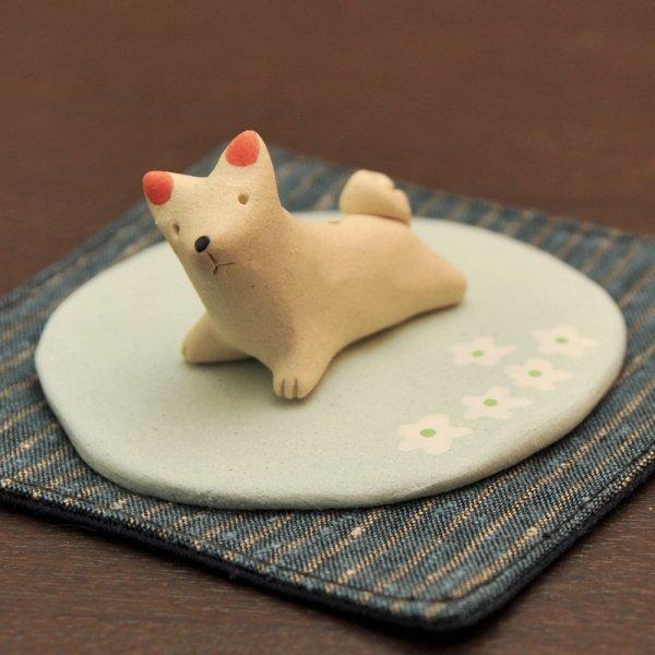 手造り犬(ホワイト)の香立て 香皿付