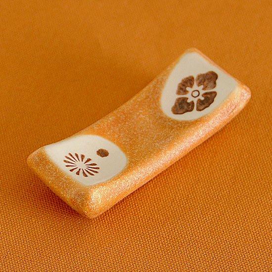 マクラ型 茶紋 箸置き