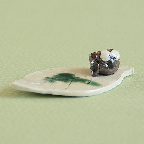 手造り木の葉ふくろうの箸置き