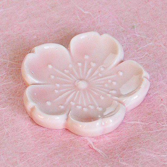新桜(ピンク)の箸置き