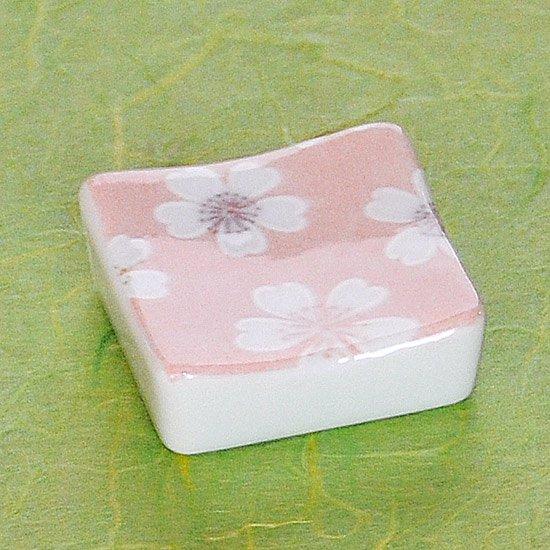 正角お花見ピンクの箸置き
