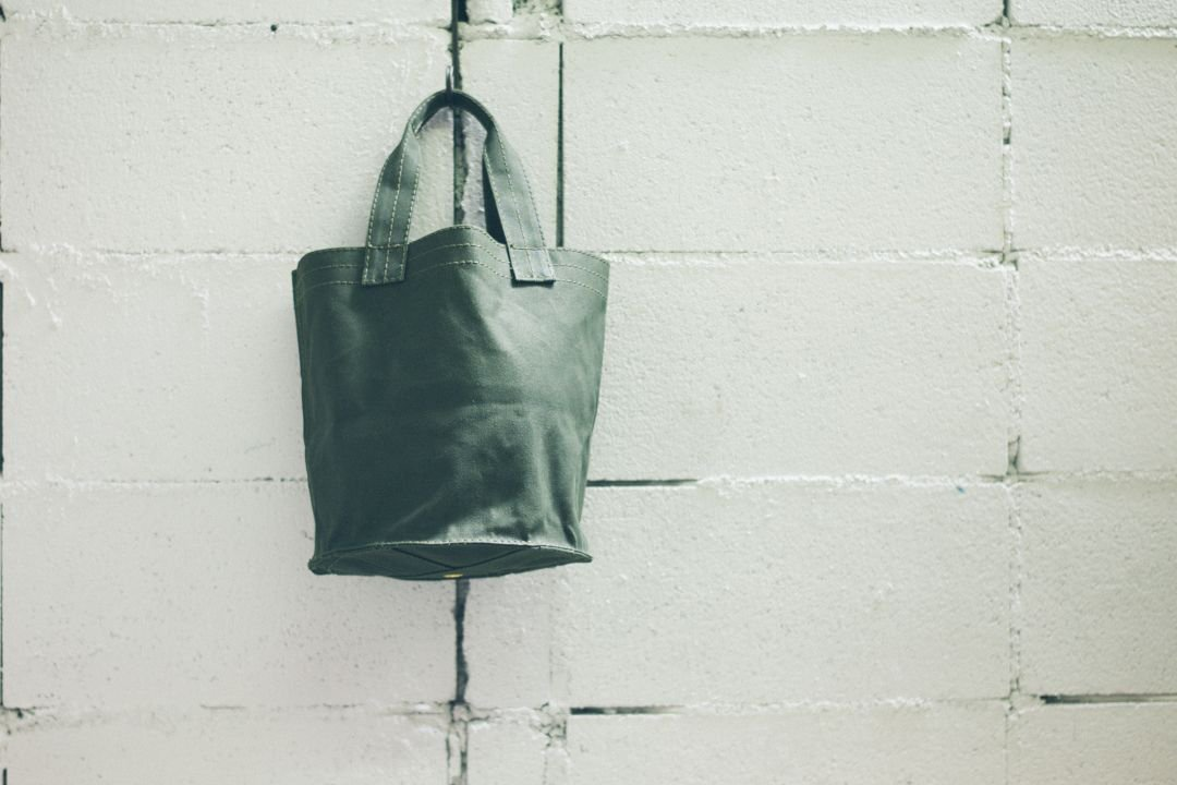VULCANIZED CLOTH TOTE - 10L