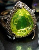 【古硝子 大粒ウランガラス】燐光の国の宝石 シルバー ドロップXL/指輪