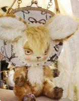 【Cuddle a Fluffy】バンビボディつきショルダーバッグ