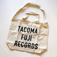 <img class='new_mark_img1' src='//img.shop-pro.jp/img/new/icons7.gif' style='border:none;display:inline;margin:0px;padding:0px;width:auto;' />TACOMA FUJI RECORDS LETTER PRINT TOTE <br>TACOMA FUJI RECORDS [タコマフジレコーズ]
