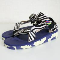 <img class='new_mark_img1' src='//img.shop-pro.jp/img/new/icons50.gif' style='border:none;display:inline;margin:0px;padding:0px;width:auto;' />Ngorongoro sandal Zebra<br>is-ness [イズネス]