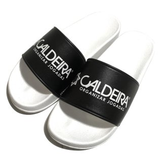 "<img class='new_mark_img1' src='https://img.shop-pro.jp/img/new/icons12.gif' style='border:none;display:inline;margin:0px;padding:0px;width:auto;' />SHOWER SANDALS ""ESSENTIAL"" WHITE/BLACK"